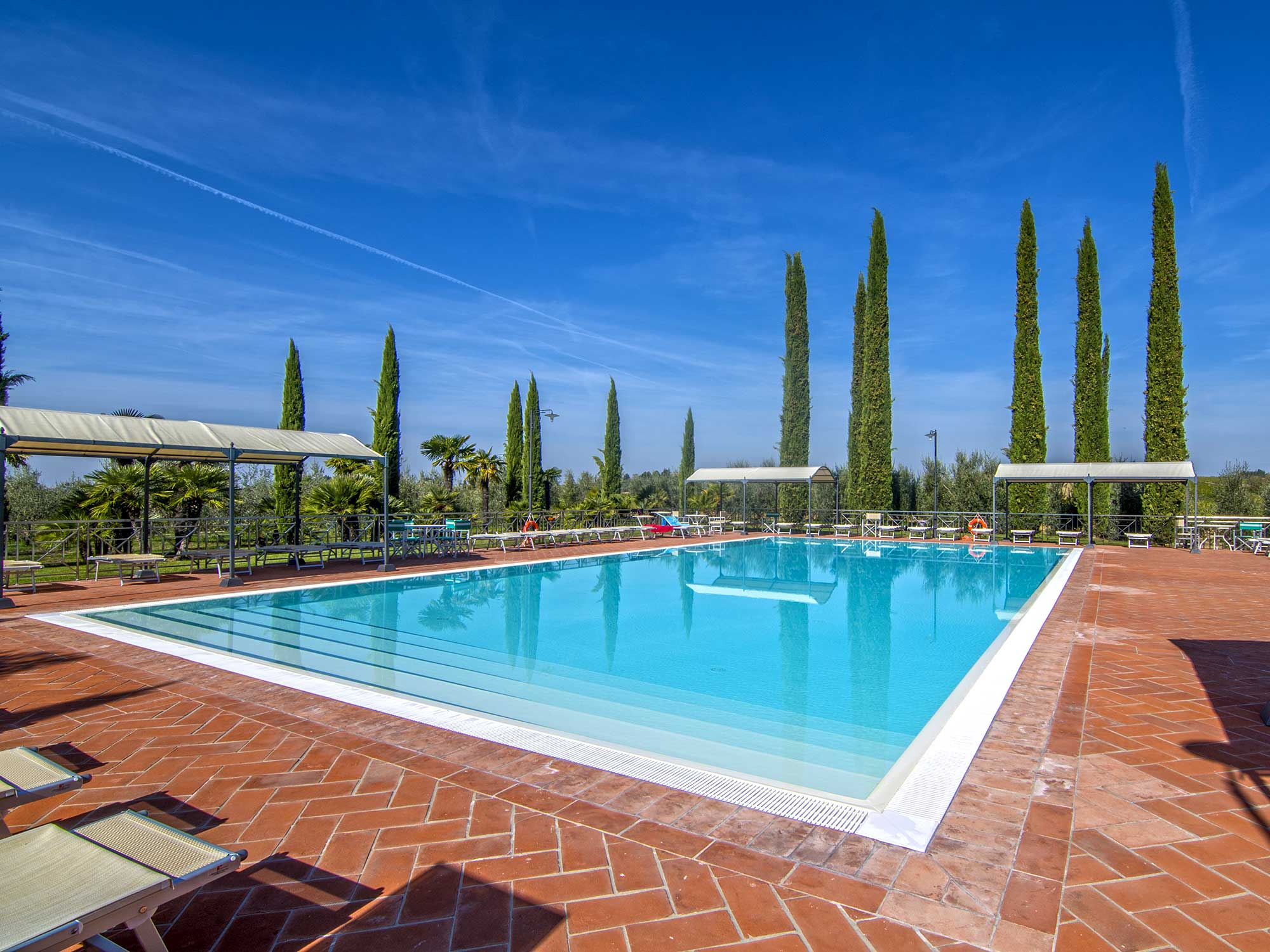 Agriturismo le gallozzole monteriggioni tuscany 13 appartamenti e villa con piscina - Appartamenti in montagna con piscina ...